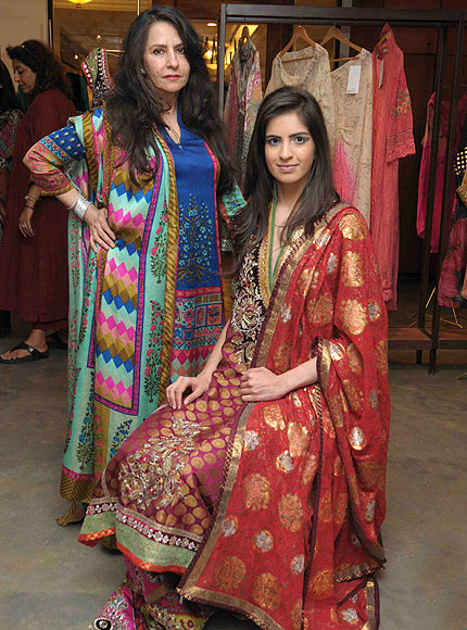 Ogaan Fashion Blogs Latest Indian Fashion Trends For 2017: Faizee Samee At Ogaan