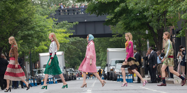 foto Gucci to host Cruise 2019 show at ancient site of Alyscamps modern collection