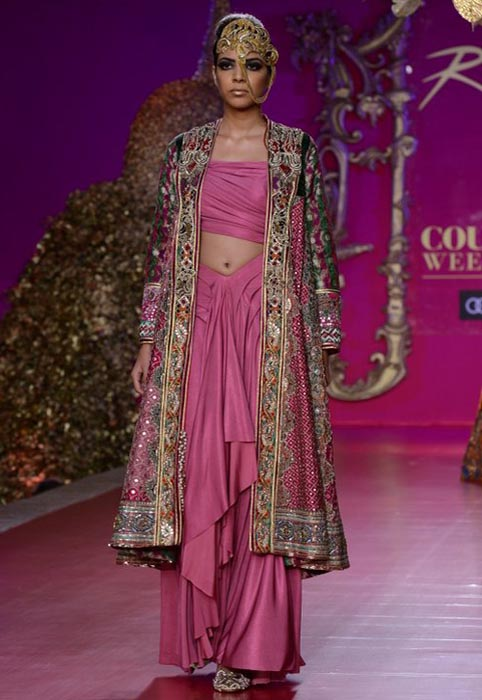 Ritu beri delhi couture week 2013 fashionfad august 12 2013 thecheapjerseys Image collections
