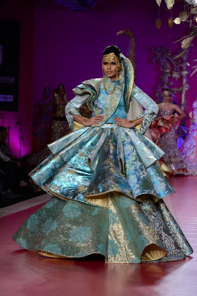 Ritu beri delhi couture week 2013 fashionfad thecheapjerseys Image collections