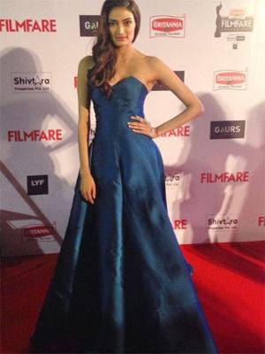 Athiya Shetty in Monisha Jaising at the Filmfare Awards