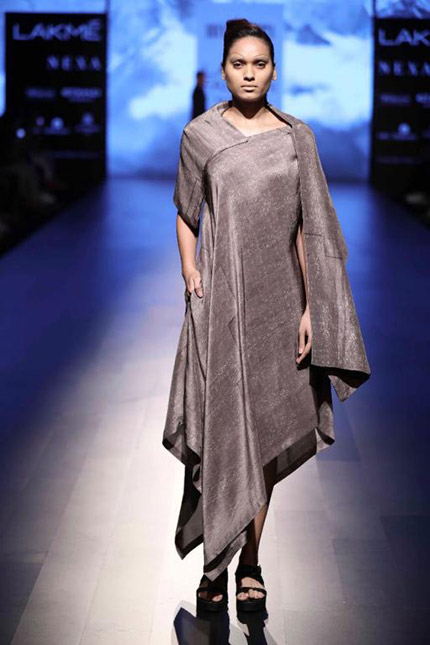 5e0c5baf4bdd2 Divyam Mehta show at Lakme Fashion Week WF2017 - Fashionfad