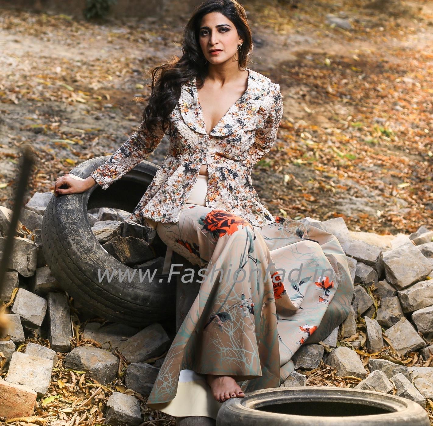 97dd90db4ec Reynu Taandon shoot with Aahana Kumra - Fashionfad