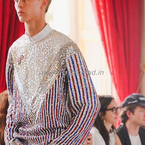 a6308044f For Balmain SS19 Men's and Women's show, Rousteing, a die-hard fan of the  late King of Pop, showcased full Jacksonian culture on the ramp, from  Balmain logo ...