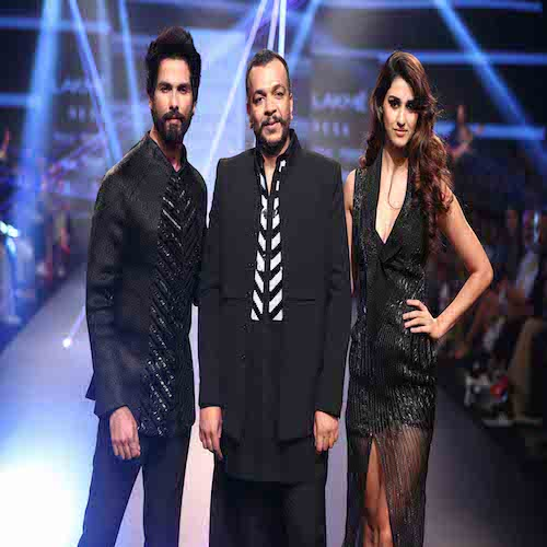 Amit Aggarwal Show At Lakme Fashion Week Wf 2018 Fashionfad