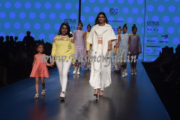 0919f741e8cf Gen-Z is an initiative by 6Degree along with FDCI at the India Fashion  Week, to provide a platform for young talent to showcase their designs on a  global ...