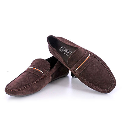 e6bd7ffd7bbc32 The price of Rosso Brunello women footwear starts from Rs.2499 while for  men it starts from Rs.5499.
