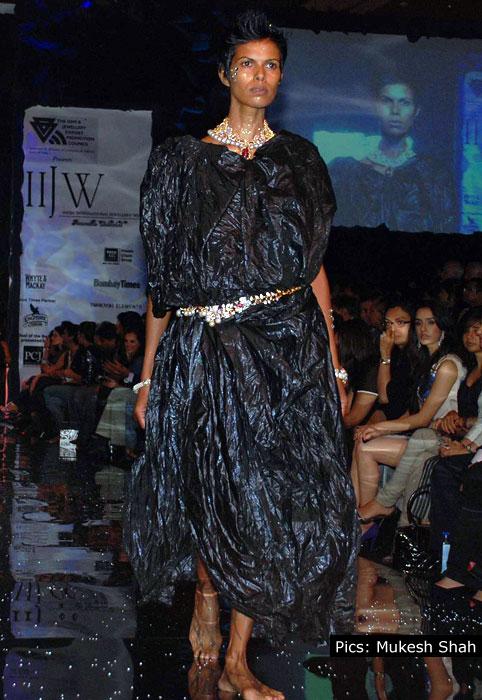 Bina Goenka at India International Jewellery Week 2010